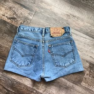 Vintage Levi 501 shorts!